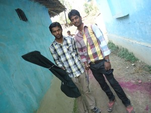 Mr.Suvin (Wildlife Biologist- Trainee) & Santhosh Rajak (Social Mobiliser) of MWT from Rescue site